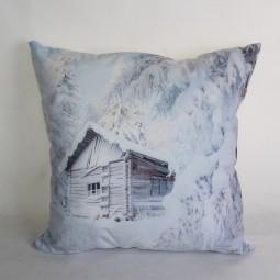 Polster Hütte in Winterlandschaft