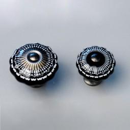 Türknopf schwarzes Ornament klein