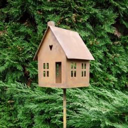 Haus auf Stab klein ROST