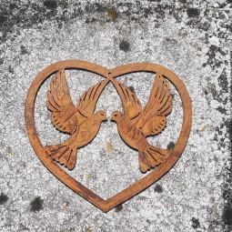 Herz mit Taubenpaar