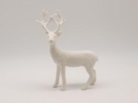 stehender Hirsch mittel weiss 23 cm
